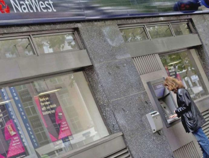 Banks 40% overdraft rates, says FCA