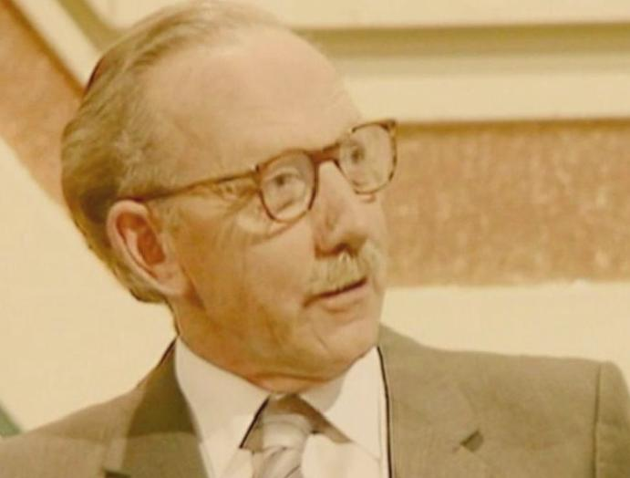Captain Tom Moore: BBC shares archive footage Blankety Blank 1983