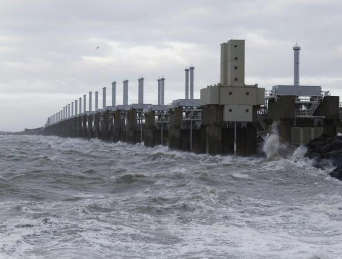 Climate crisis: Plan North Sea millions rising oceans