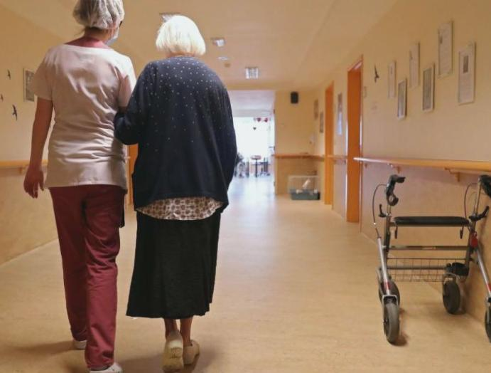 Coronavirus: Care homes threatened losing accepting Covid-19 patients