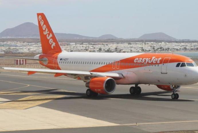 EasyJet hacked: 9 customers' details stolen 'sophisticated cyber-attack'