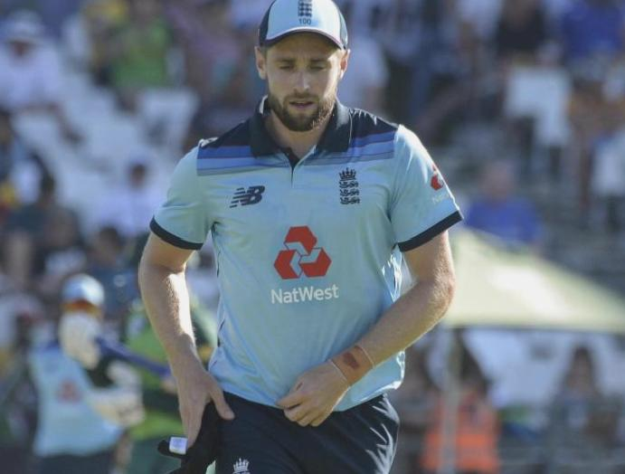 England's Chris Woakes withdraws Indian Premier League