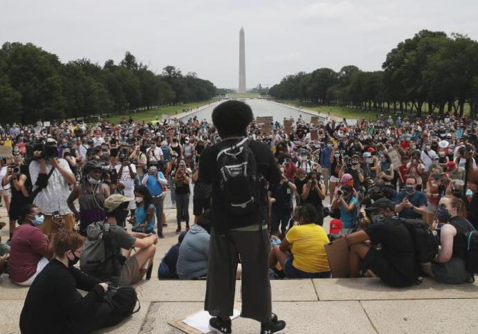 George Floyd protests – live: Thousands US Washington memorial takes North Carolina