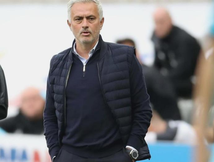 Home Jose Mourinho says easier Tottenham fans stadiums