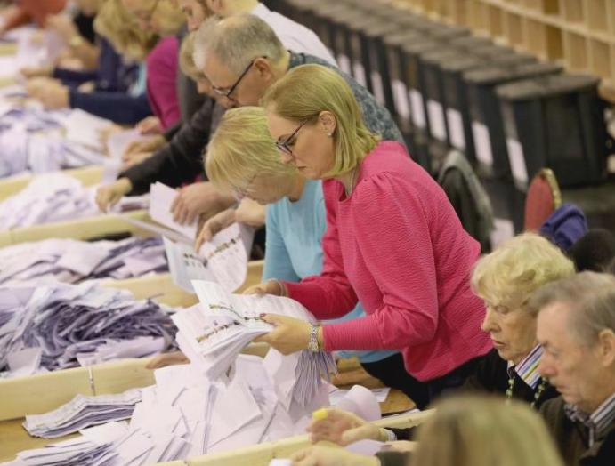 Irish results - live: Sinn Fein gains three-way rejects right-wing groups parties falter