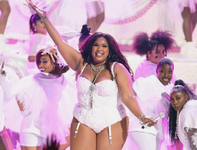 Lizzo says is talking body: 'It's trend'