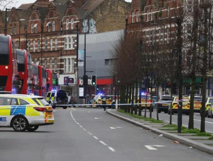 London 'terror attack' – live: Man stabbed Streatham