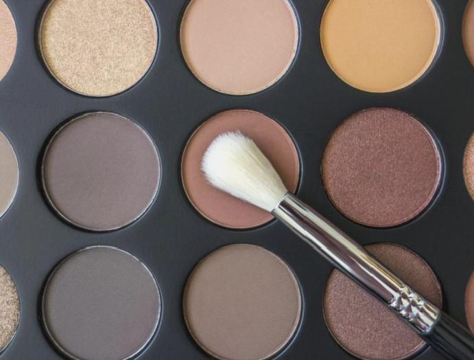 Makeup MUA contains traces asbestos, finds