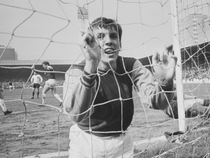 Martin Peters: Why 'The Ghost' 1966 World Cup was pivotal England's finest