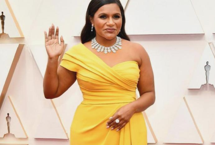 Mindy Kaling sparks backlash bloggers complaining stories recipes: 'This is spectacularly take'