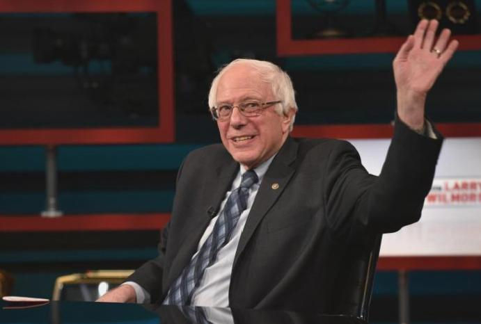 Pictures Bernie Sanders circulate online: 'Incredible podcast dude energy'