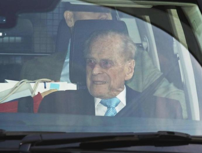 Prince Philip leaves Christmas Queen