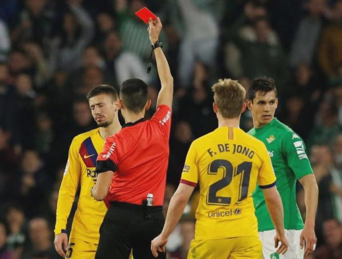 Referee stood Real Betis Barcelona