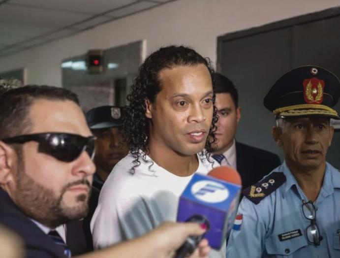 Ronaldinho arrested Paraguay fake passport claims