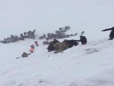 Turkey avalanche: At 33 workers killed dozens buried
