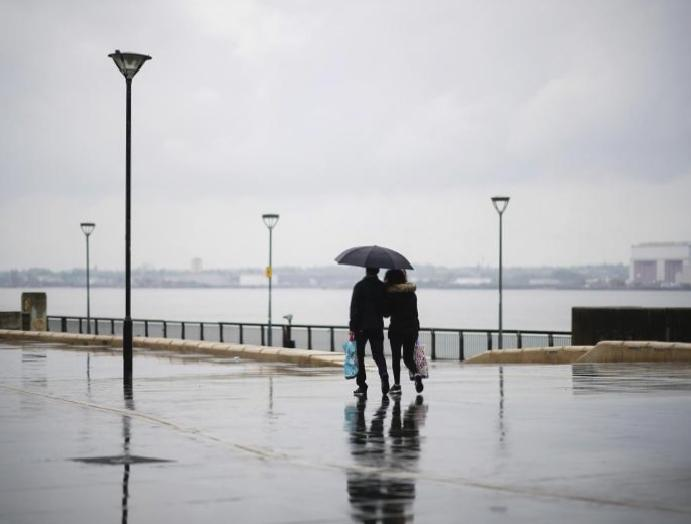 UK weather: Mixture showers spells forecast April draws
