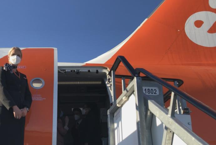easyJet 'sorry' misleading cancelled passengers refund rights